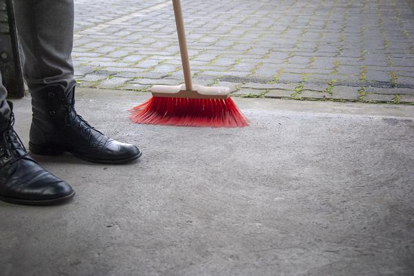 czyszczenie linii produkcyjnych